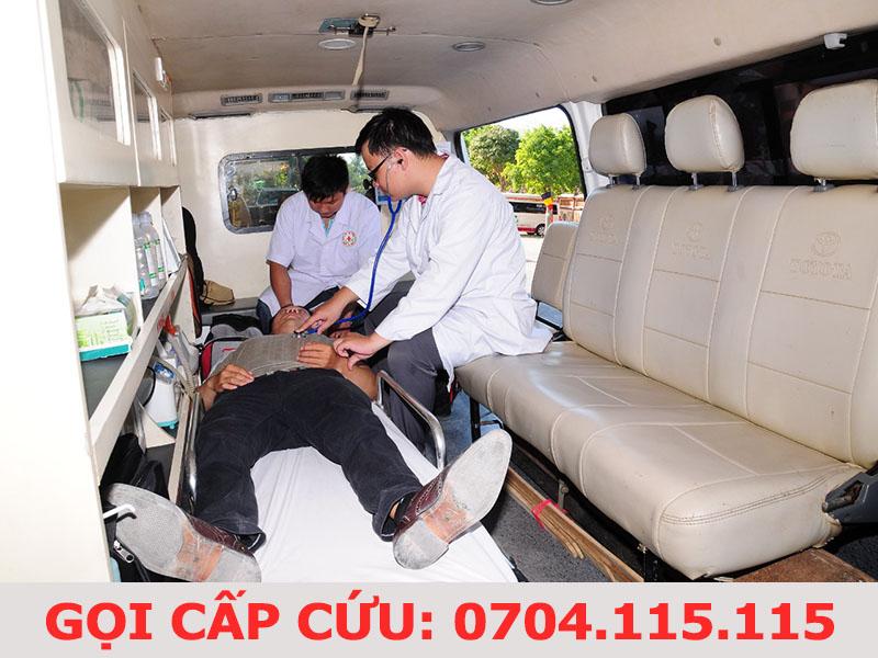 giá thuê xe cấp cứu 1