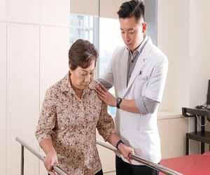 chăm sóc bệnh nhân tai biến tại nhà