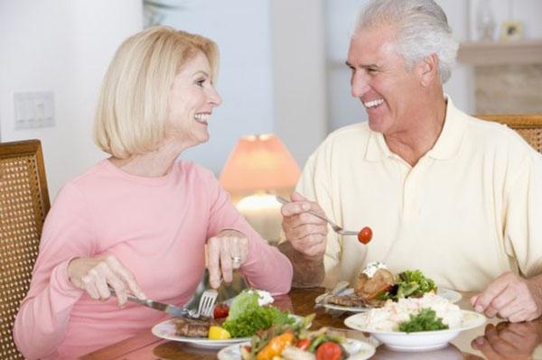 chế độ dinh dưỡng dành cho người cao tuổi 2